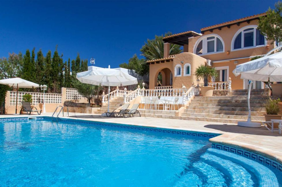 Casa delfin alquiler villa ibiza rural villas - Apartamentos ibiza alquiler ...