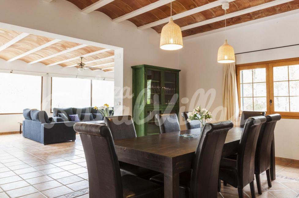 villa can mari ferienhaus mieten ibiza rural villas. Black Bedroom Furniture Sets. Home Design Ideas